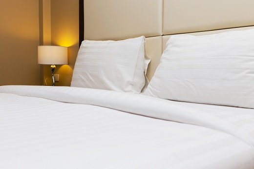 3 Reasons To Invest In a Larger Mattress