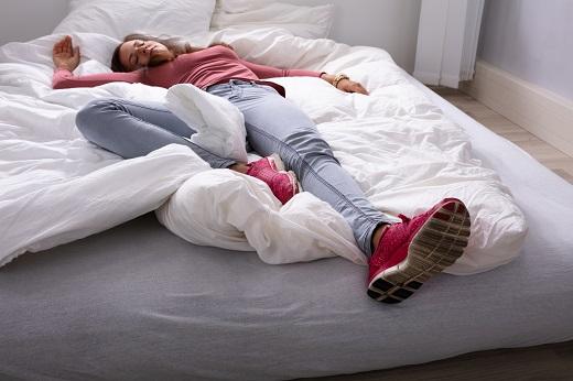 Does Your Sleep Position Harm Your Sleep Quality?